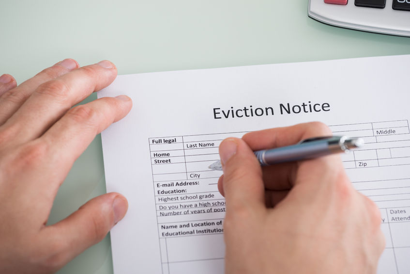 California Vs. Tennessee Eviction Laws